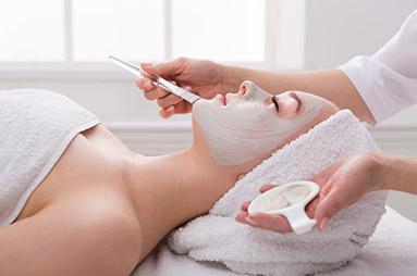 Kosmetikbehandlung Bild
